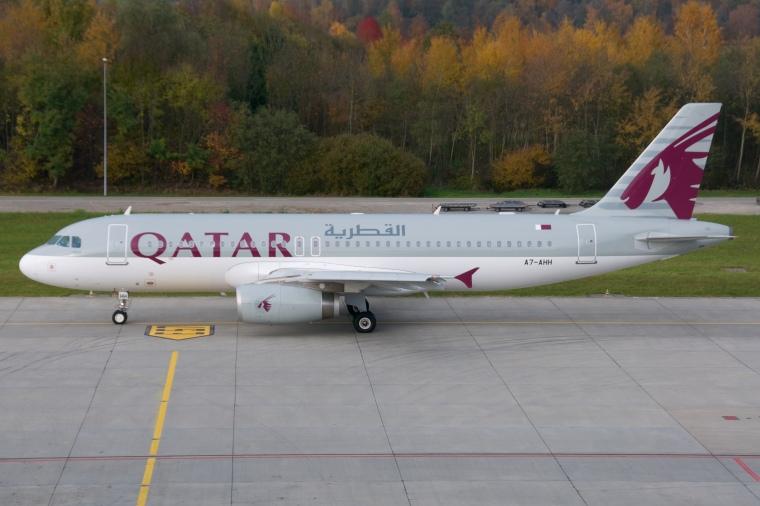 Qatar_Airways_Airbus_A320-200_A7-AHH_Zurich_International_Airport