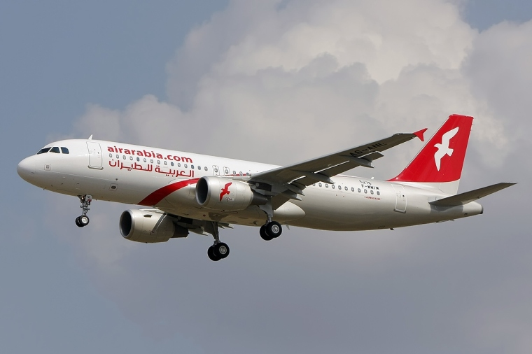 Airbus_A320-214,_Air_Arabia_JP7617617WIKIPEDIACOMMONS