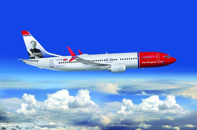 737-8-MAX-Freddie-Laker_Hi-Res_CMYK