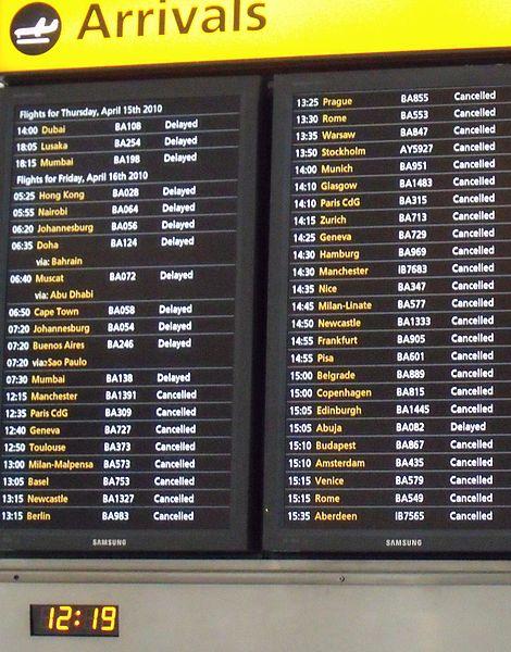 470px-Arrivals_board,_Heathrow_T5,_April_16_2010,_crop
