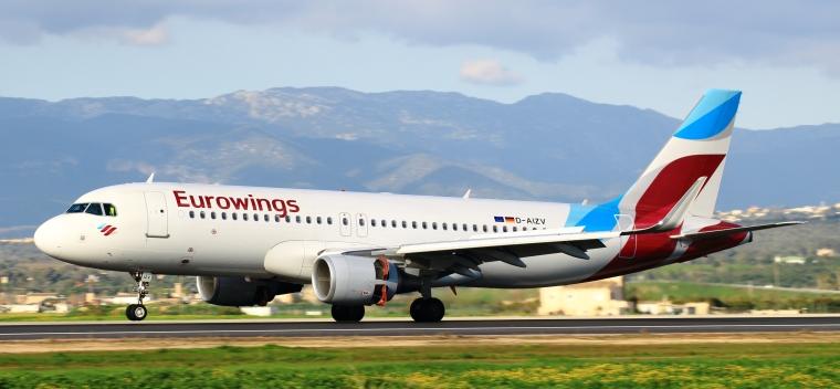D-AIZV_-_Eurowings_-_Airbus_A320_(31927001150).jpg