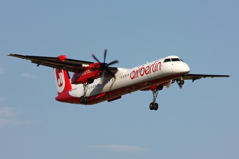 Luftfahrtgesellschaft_Walter_LGW_(Air_Berlin)_Dash_8-Q400
