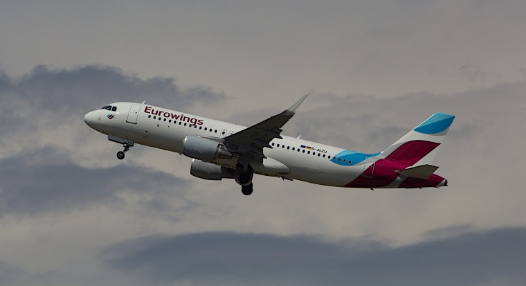 Airbus_A320_Eurowings