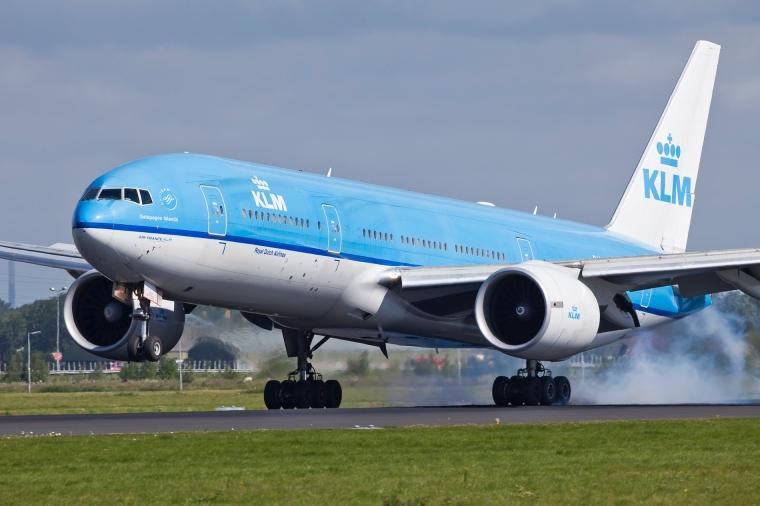 PH-BQG_B777_KLM_(5958908820)
