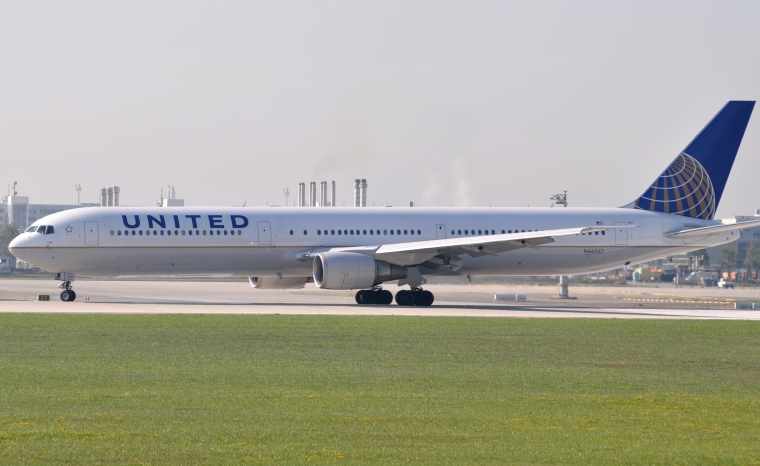 United_Airlines_Boeing_767-400